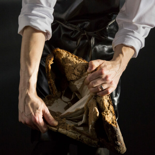Bild 3 von 7 Unboxing Frank Leder Hemd im Brotlaib by Nobelhart und Schmutzig