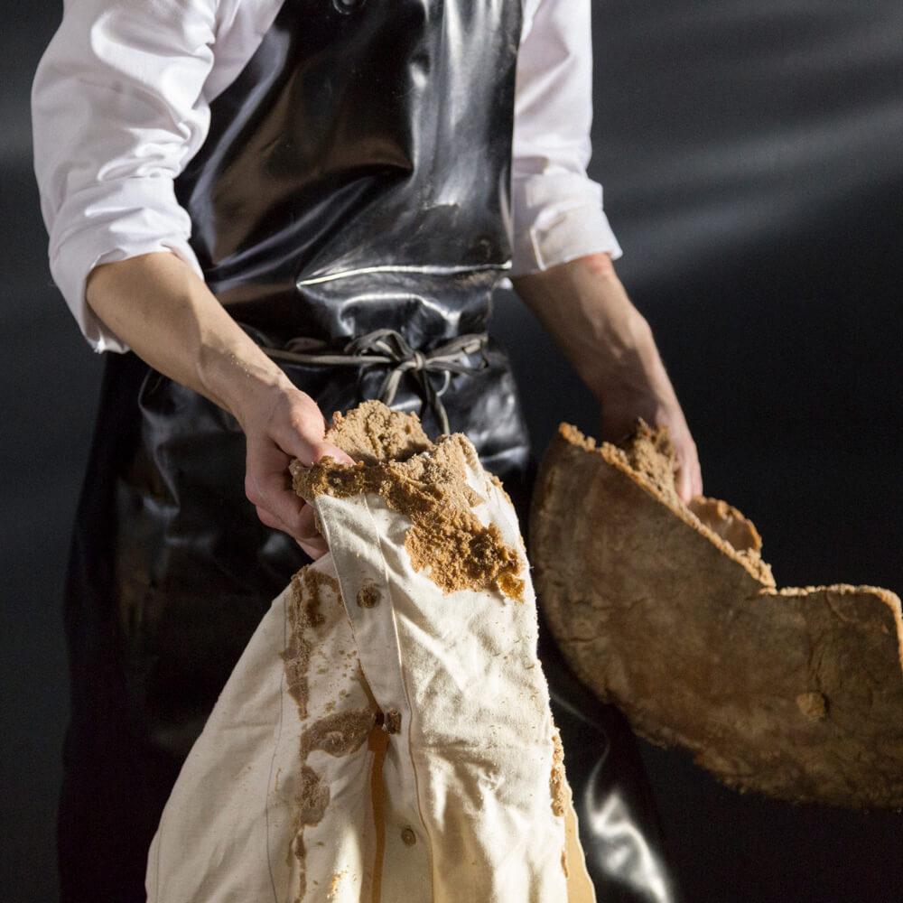 pic 6 of 7 Unboxing Frank Leder shirt in a bread loaf