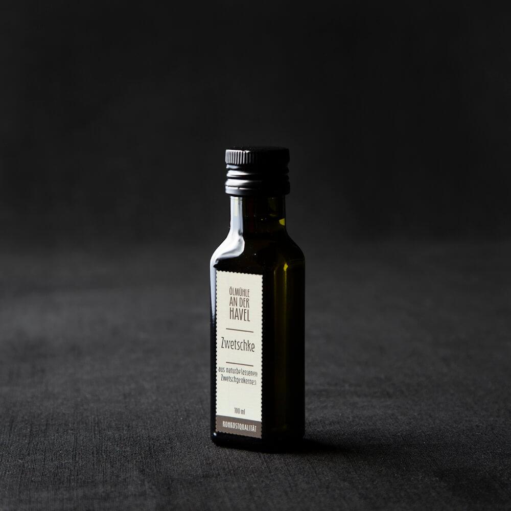 Zwetschgenkernöl in der 100 ml Flasche