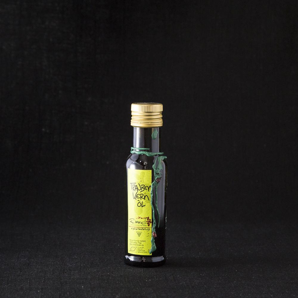 Traubenkernöl vom Bio-Weingut Rummel in der Flasche