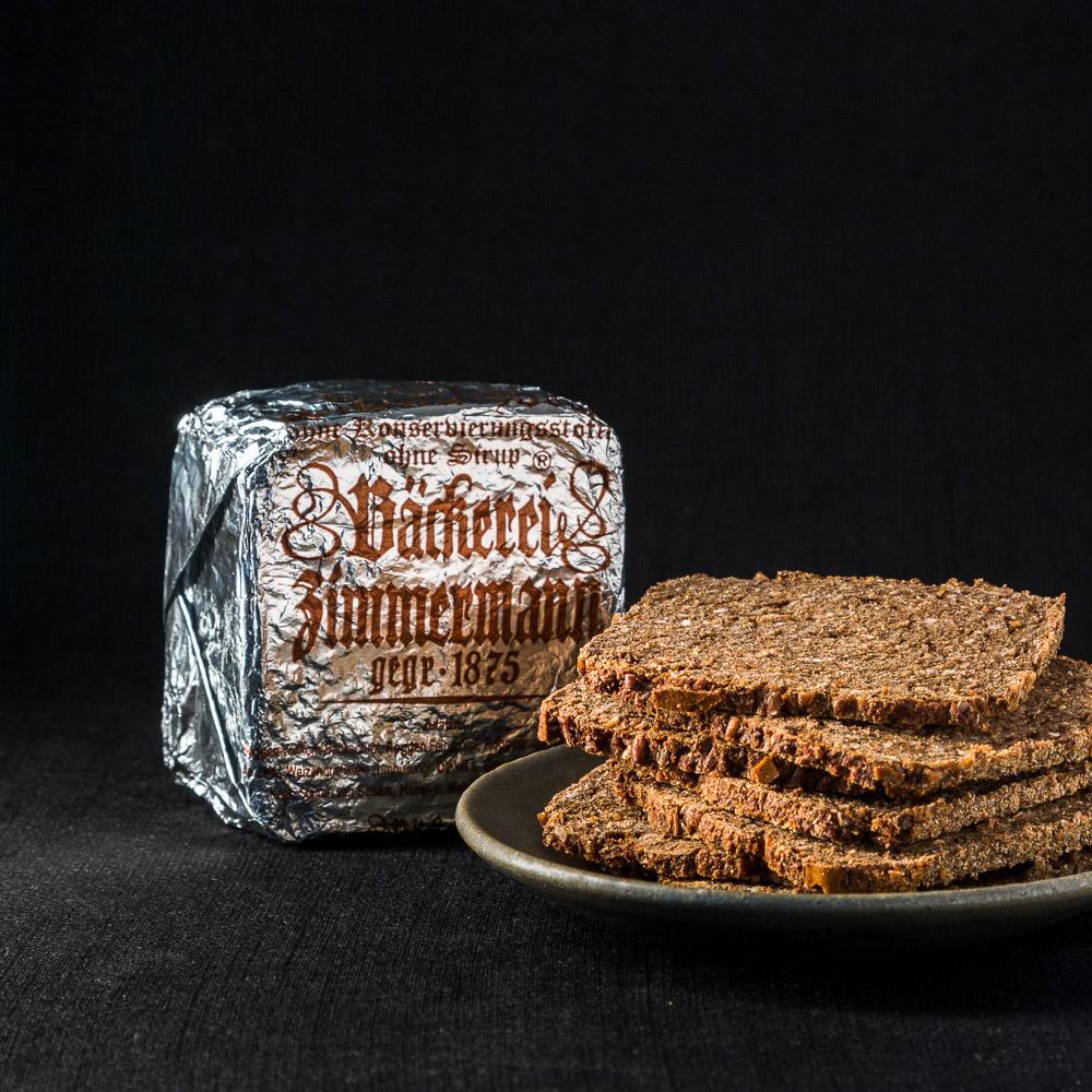 Schwarzbrot von der Bäckerei Zimmermann