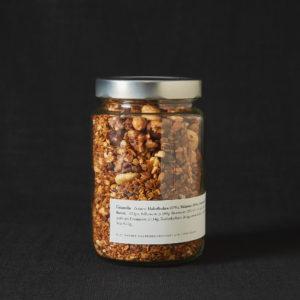Hausgemachtes Granola im Glas